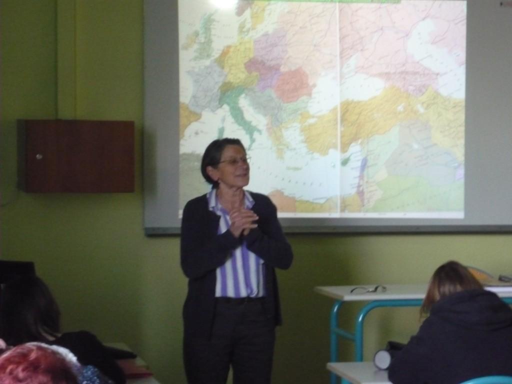 Marie-Jo PARBOT lors de l'un de ses exposés