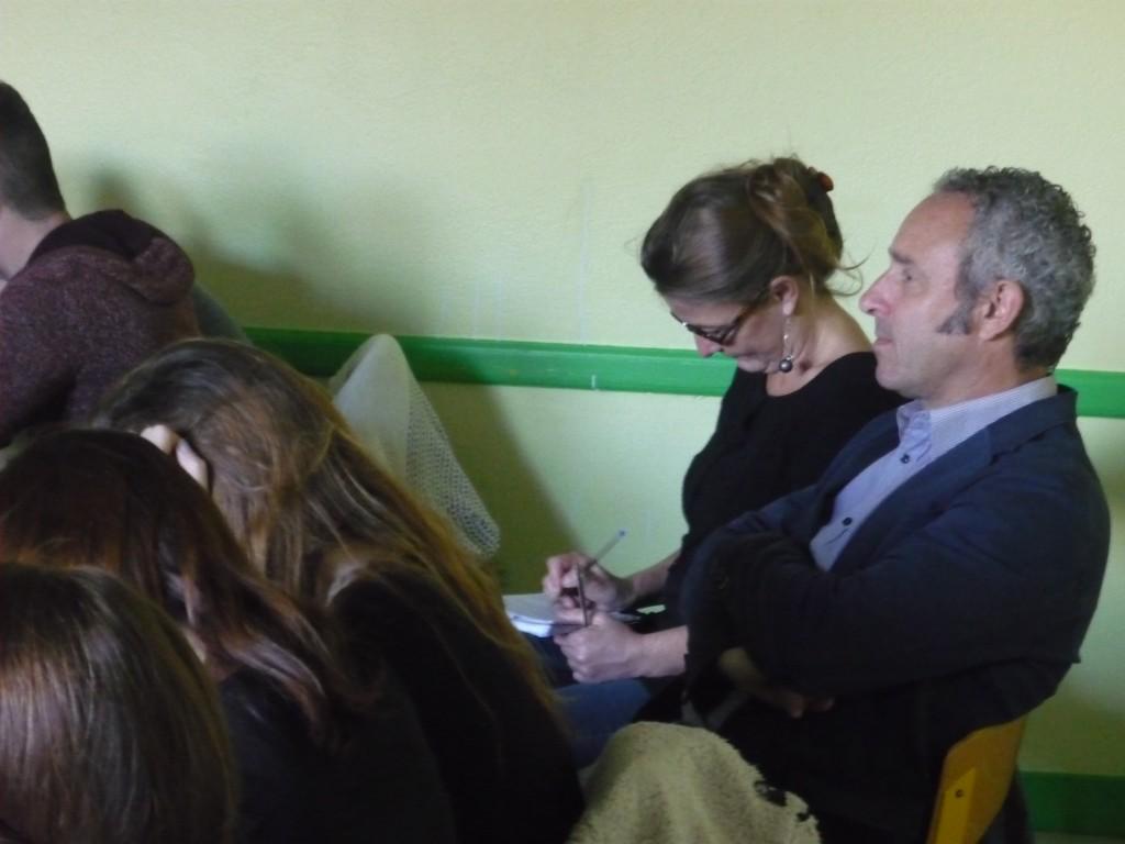 Rodolphe CAILLEAUX, Professeur d'Histoire-Géo et Gaël KERVRAN, Professeure de Lettres prévoient de poursuivre cette rencontre par des travaux d'écriture travail