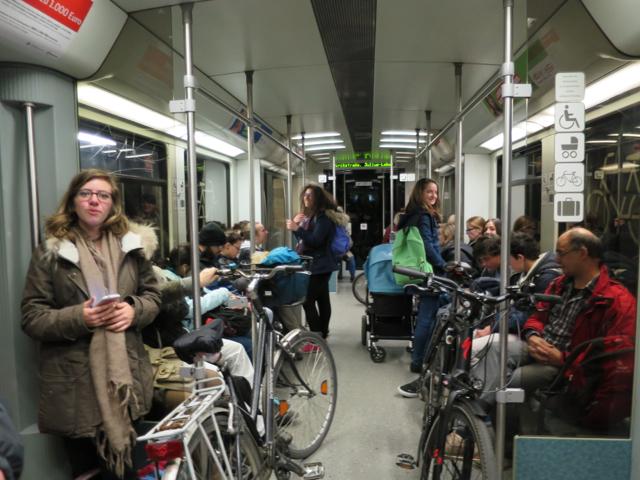 Métro - Vélo - Boulot, ça marche aussi très bien !